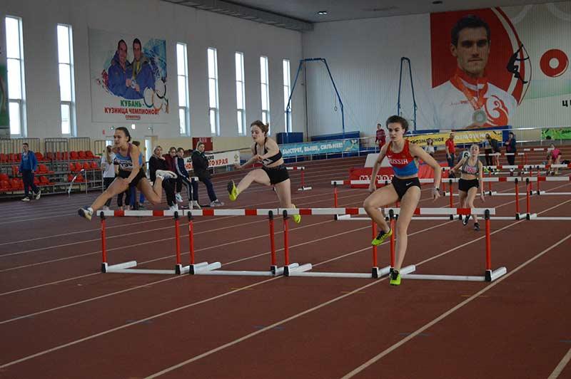 В ЦСП «Олимпиец» прошли краевые соревнования по лёгкой атлетике памяти Ю.А.Давыдова